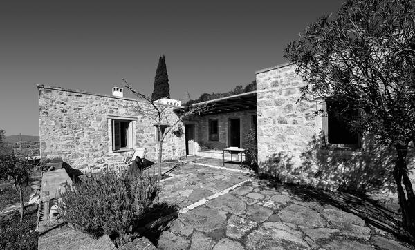 Kyriakos Krokos – Crocus Residenz